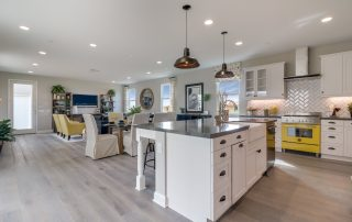 New Ventura homes in Sespe's final phase feature beautiful open kitchens.
