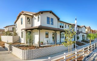 New Ventura townhomes at Anacapa are a hit with Southern California homebuyers.